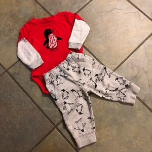 Carters 9 month bodysuit pants set 🐧